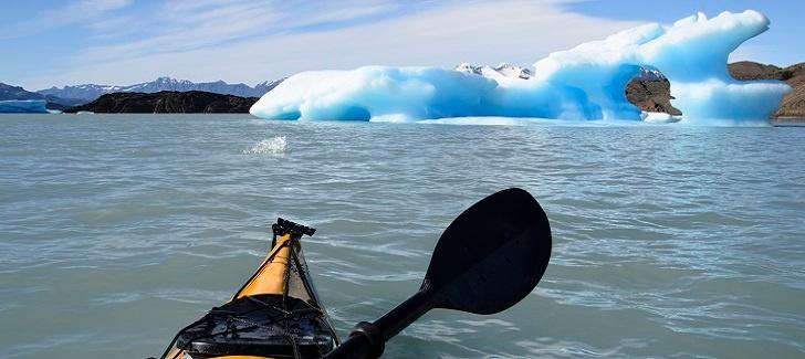 Hacer kayak en Patagonia