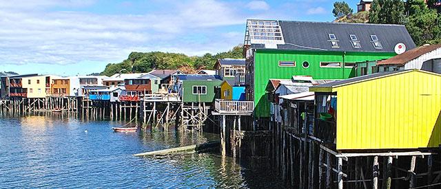 Palafitos y tejuelas de Chiloé